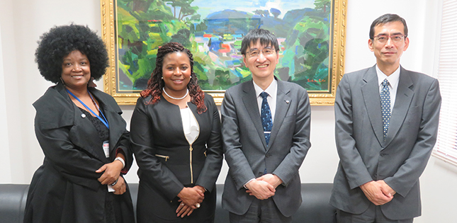 South African Embassy's Minister Counsellor for Science & Technology Visits Tohoku University