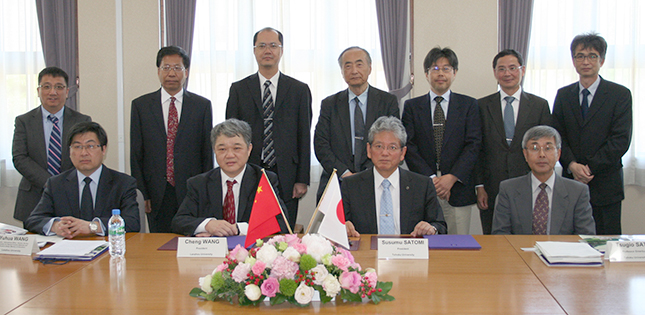 Tohoku University Renews Academic Agreement with Lanzhou University