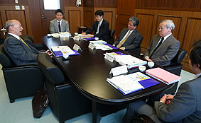 news20120501_04.JPG